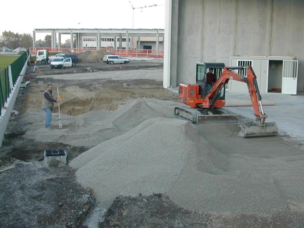 Lavori-di-scavo-reggio-emilia-cadelbosco-di-sopra