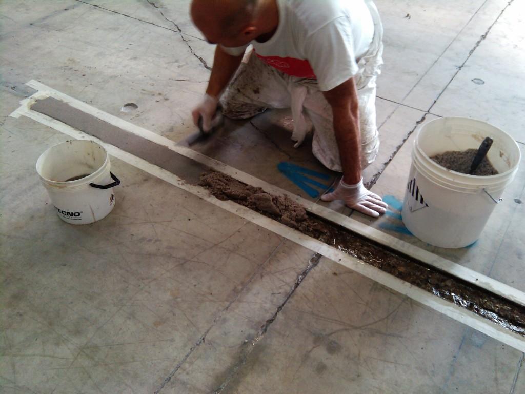 Manutenzione-pavimenti-in-resina-reggio-emilia-cadelbosco-di-sopra